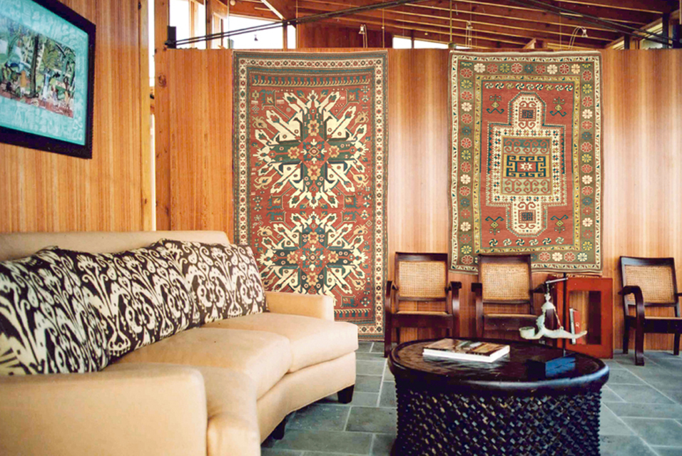 Hanging Antique Rugs As Wall Art
