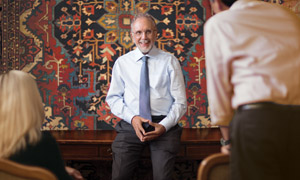 Jan Winitz Lectures about Antique Rugs