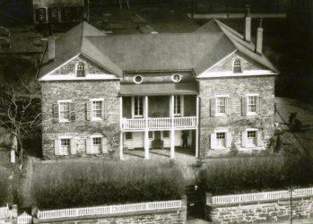 Mount-Vernon-Hotel-Museum
