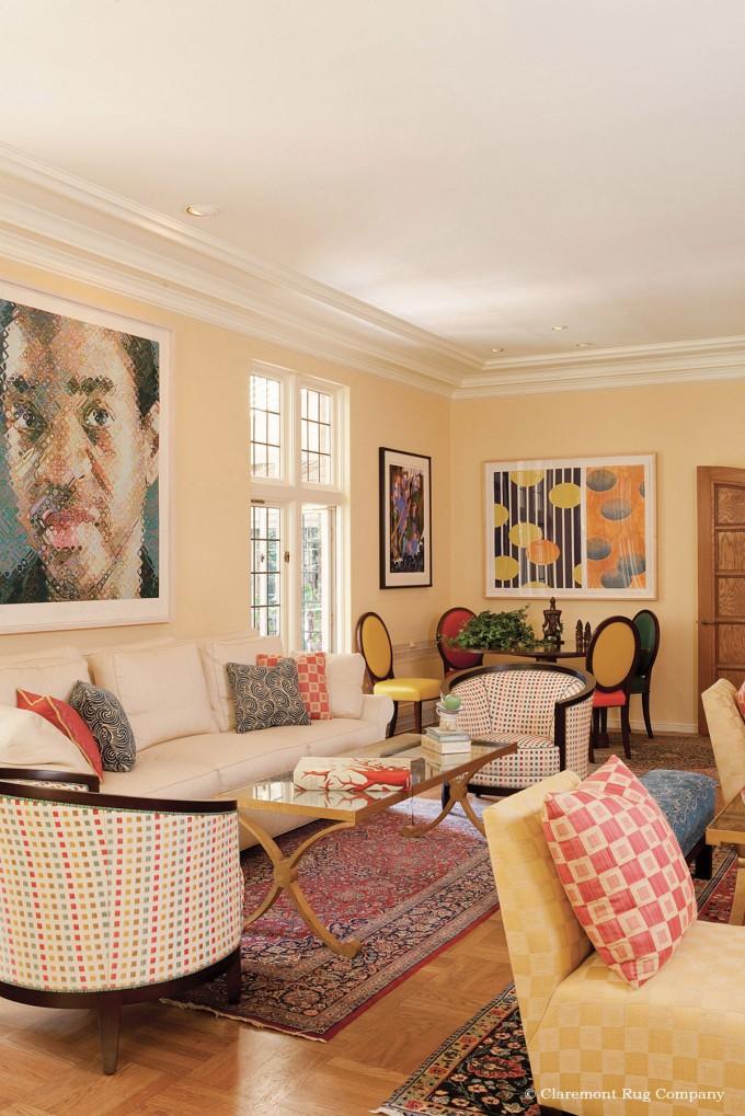 Vintage Kashan Rug Echoes Modern Art in Living Room